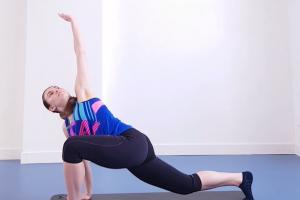 Ką daryti jei trūksta krūtininės nugaros dalies ir klubų mobilumo?